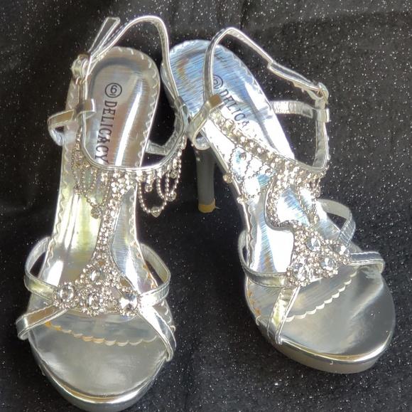c01eefcd003 🔥Delicacy Silver/rhinestone heels,sz.6,NIB,HOTT!
